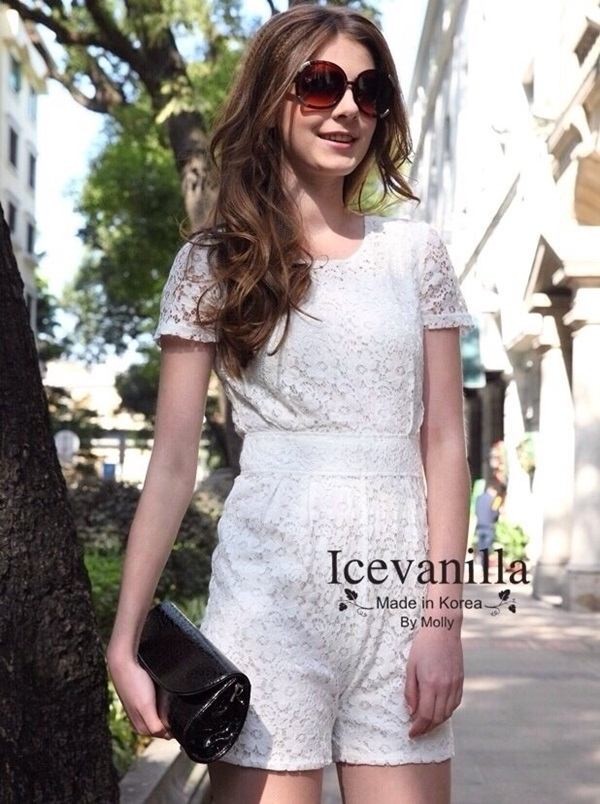 Ice Vanilla lace Playsuit จั๊มสูทขาสั้นสีขาว ลายลูกไม้ซีทรู